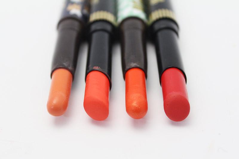 最左邊跟左邊第三個口紅的頭圓圓的是因為新產品的關係喲~這就是這系列口紅的特點.
