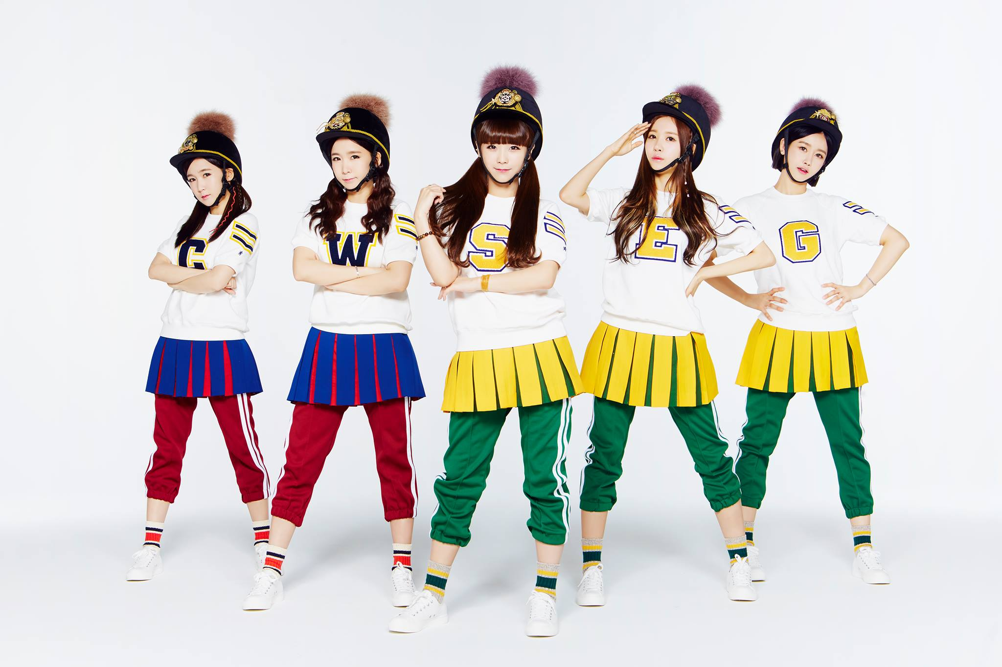 ★ Crayon Pop :: 407 天 ★  2012 年 7 月出道的以 Crayon Pop,在一年多後終於以「Bar Bar Bar」獲得一位,「Jumping Yeah! Jumping Yeah! Everybody」應該是大家聽到音樂後,都會跟著一起跳的歌吧!