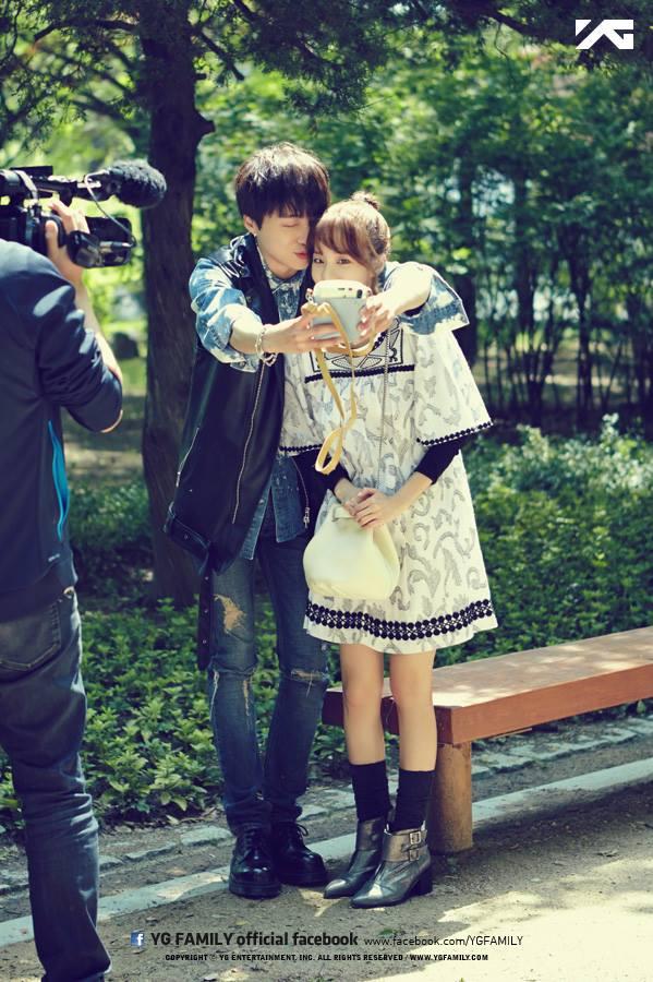 7. 允達組 WINNER 姜勝允 跟 2NE1 Dara Dara簡直是YG女神,大家都要跟她配對!當然日前才一起拍過網路電視劇《我們分手了》飾演男女朋友,姜勝允可是上述真的有奪得Dara香吻的男性喔~