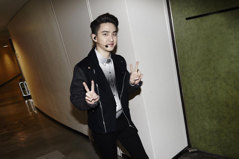 好啦~我知道有人在等他吧?對吧對吧~XD  我們暻秀~阿我是說 EXO 的主唱「D.O.」也是點點男孩 ♥