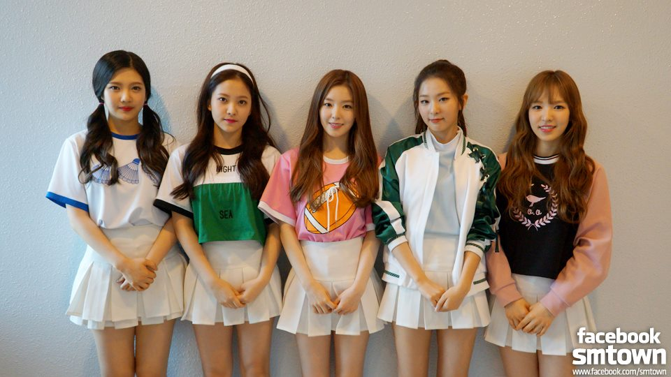 ★ Red Velvet :: 238 天 ★  SM 推出的最新女團 Red Velvet 在今年3月加入新成員 Yeri ,發行首張迷你專輯《Ice Cream Cake》,同時她們也藉由同名主打《Ice Cream Cake》得到音樂節目一位的肯定。