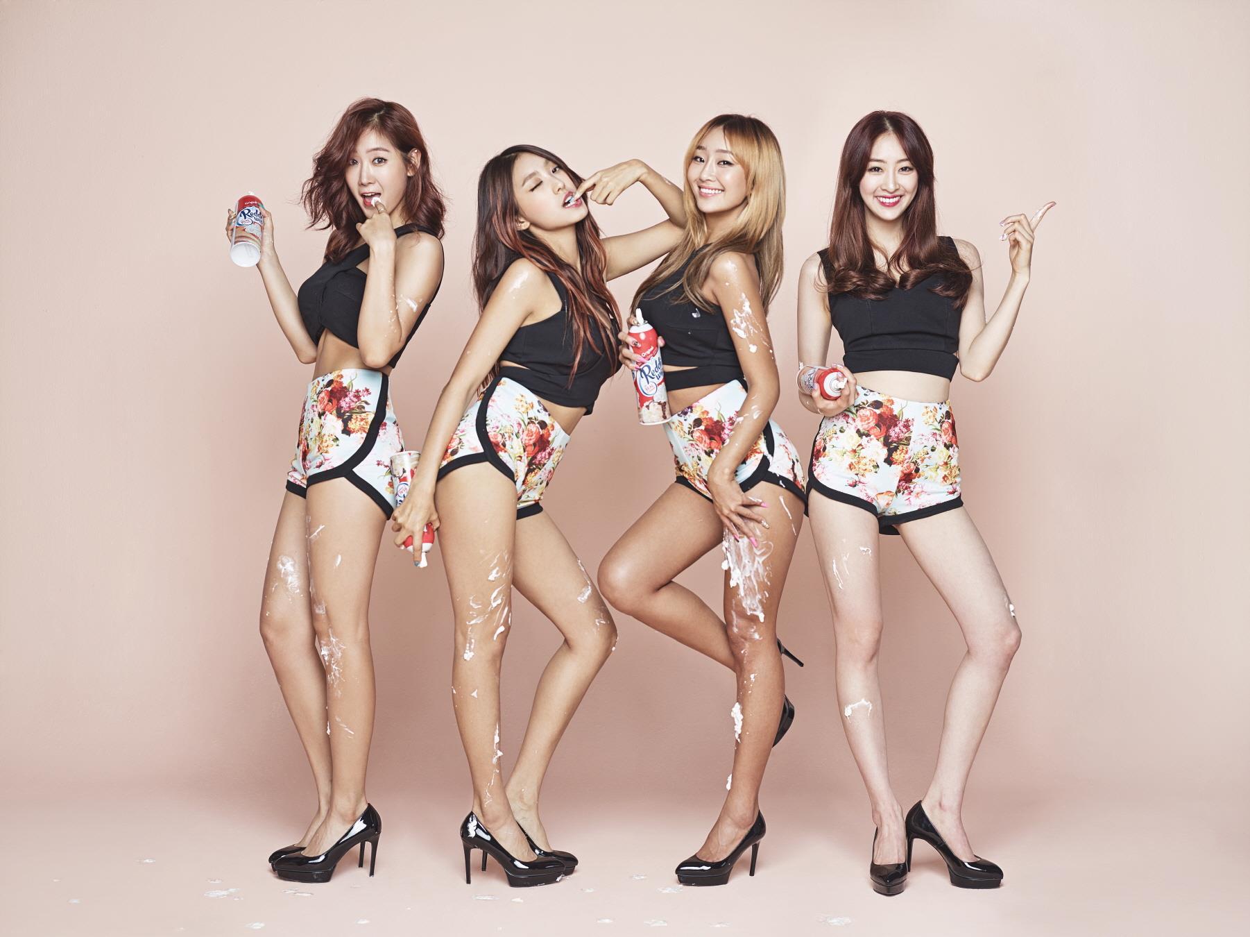 ★ SISTAR :: 196 天 ★  實力派女團 SISTAR 在 2010 年出道,同年便以第三張單曲《How Dare You》獲得一位的肯定,從此之後,SISTAR 不僅團體活動,就連 solo 活動、小分隊、合唱曲都首首榜上有名呢!