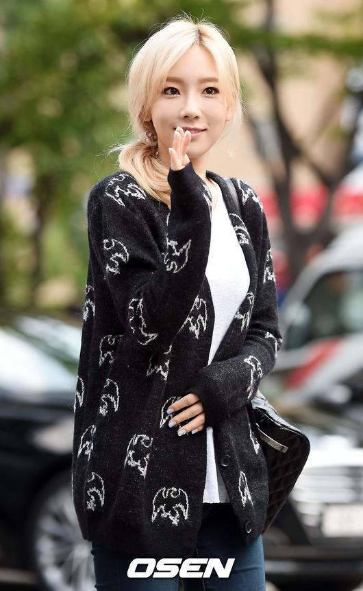 太妍也喜歡的針織外套,是舒適卻不失流行感的單品!