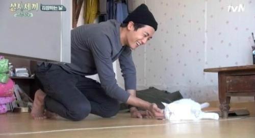 擁有迷人笑容ZE:A的朴炯植 (誰猜得到!!!)