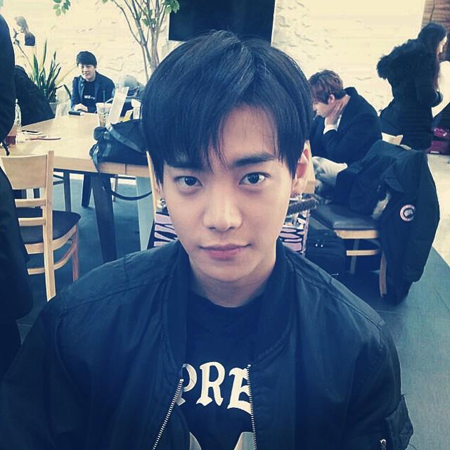 YG娛樂相關人士向媒體透露表示,簽進YG後馬上投入練習的One....