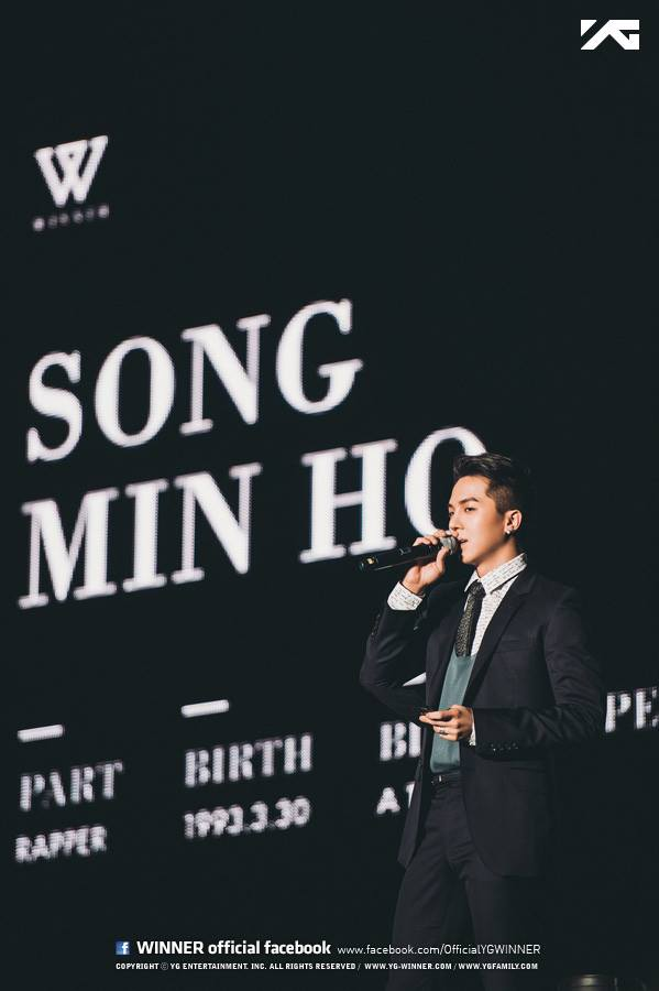 將要和YG男團WINNER,裡面的rapper MINO一起....以及....