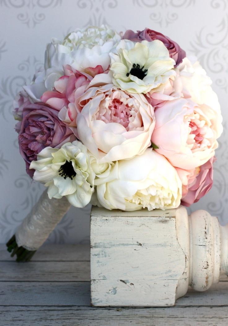 新娘手裡一定要握著的東西, 捧花! 感覺最近大家流行用真花喲
