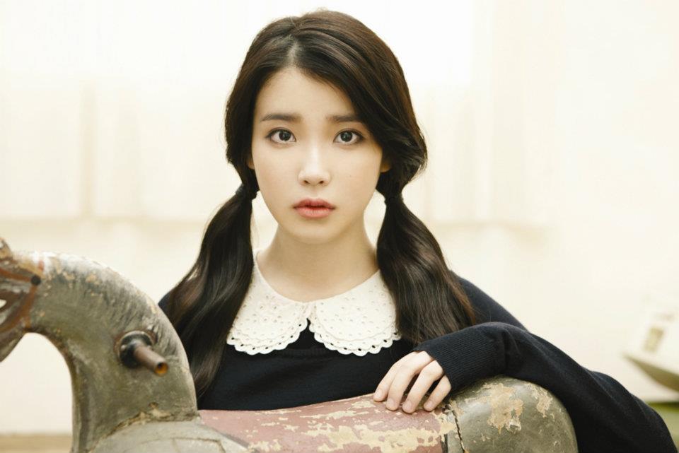 IU - You and I 2011/12/09~2012/01/13 連續6周第一 最後被T-ara的《Lovey-Dovey》給終止紀錄