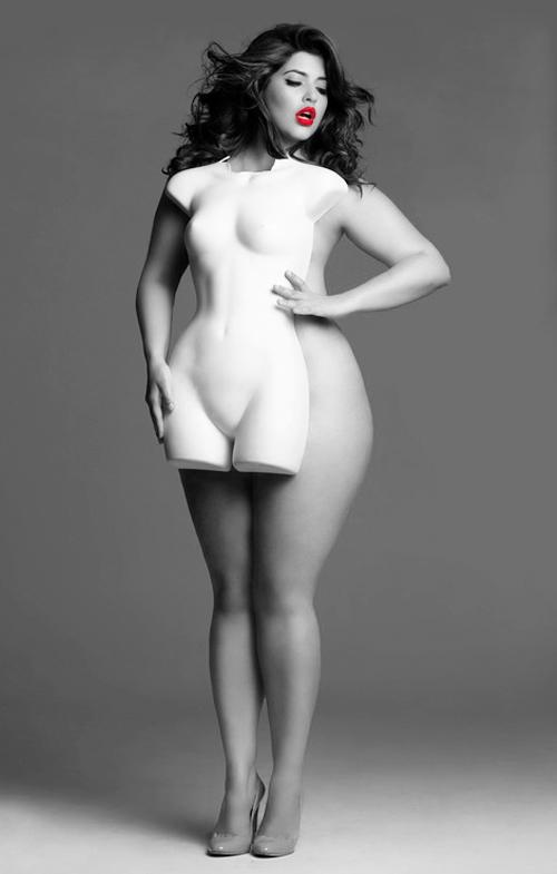 不要盲目地追隨潮流,而穿一些不適合自己體型的衣服...這樣不僅不適合你,你穿上之後也沒有時尚感~