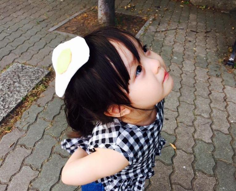 如果生這樣的小孩的話..  因為太漂亮讓我一天到晚看著她而不能過正常的日常生活..