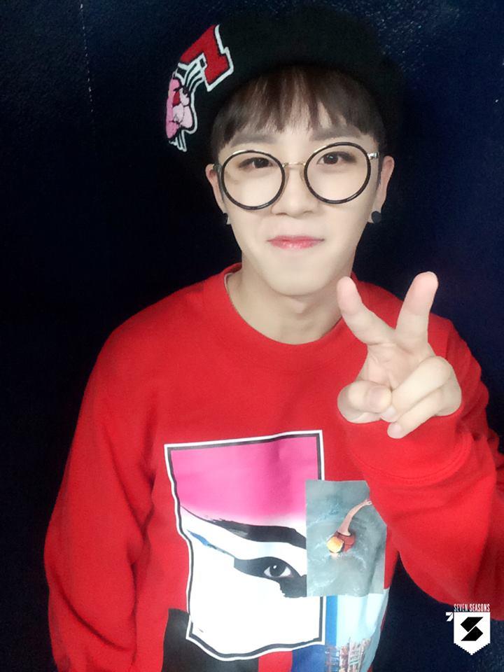 2.Block B泰欥 可愛的泰欥被網友們稱讚擁有寬廣音域和甜美柔和感的聲音,之前在節目《蒙面歌王》中也展現了自己的好歌喉。