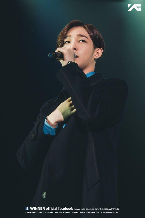4.WINNER 南太鉉 韓國網友表示:「之前以為太鉉無法唱低音,沒想到低音也唱超好!」ヽ(✿゚▽゚)ノ