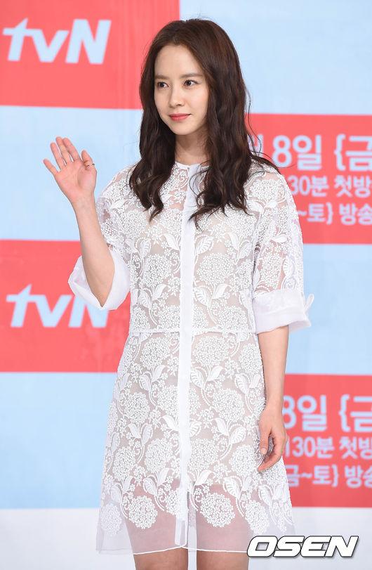 根據中國主要媒體報導,宋智孝被選為中國電影《超級快遞》的女主角啦!!