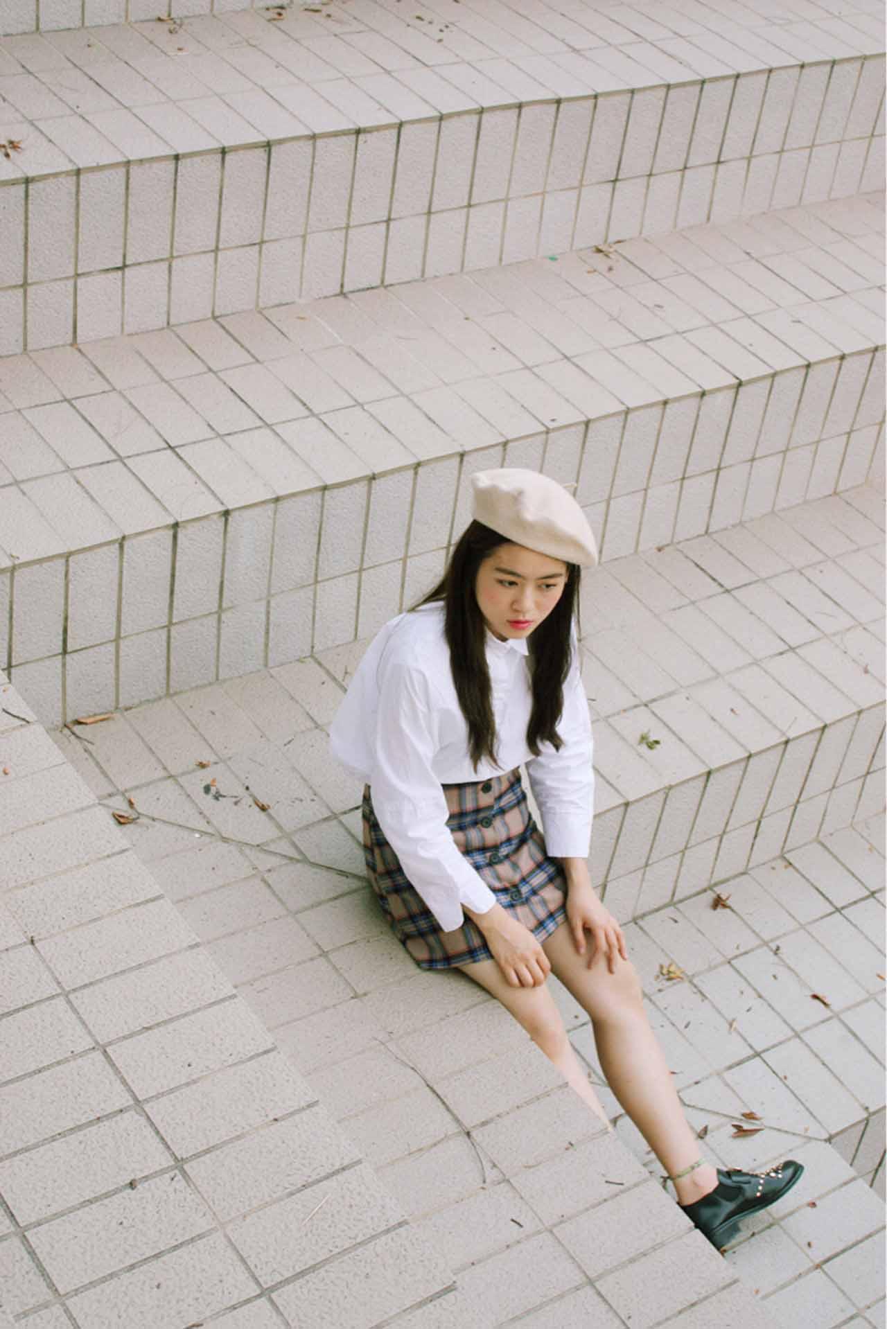 2. 貝雷帽+格子 深受秋季鐘愛的格子系列,與貝雷帽的搭配也是讚讚噠!