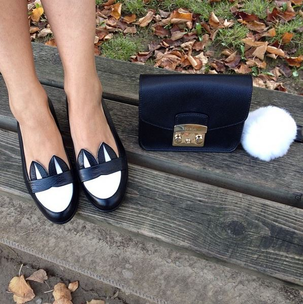 MINNA PARIKKA的娃娃鞋款也相當可愛,這款鞋還有許多繽紛顏色可以挑選,讓人超心動的!
