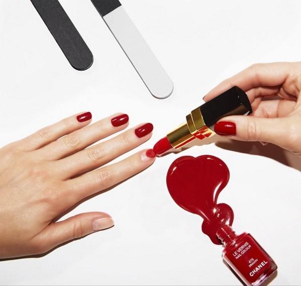 Chanel的指甲油向來飽和度高,又很有質感!