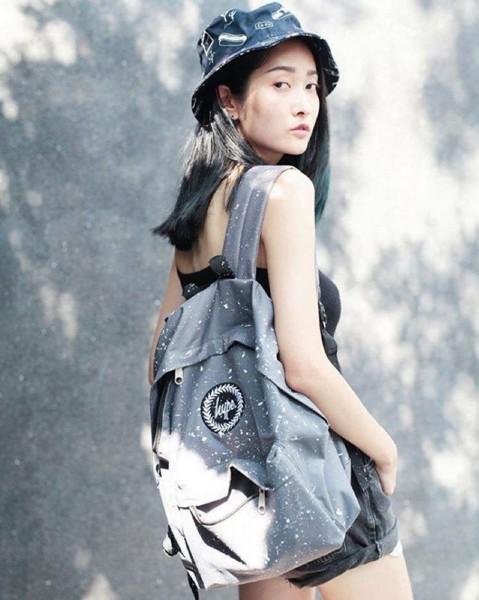 另外是在台灣也買得到的Hype背包,潑漆款是詢問度非常高的包款喔!