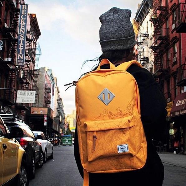 旅行用的包款,除了要好用,顏色也有很多選擇!