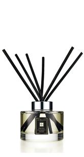JO MALONE英國梨與小蒼蘭滿室幽香藤枝擴香組 大人氣的香味怎麼聞都不會膩!!在男生之中也是高好感度☺