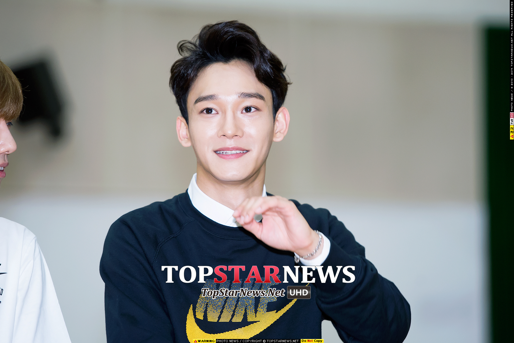 4.EXO Chen 接下來~Chen當然也要參一咖XD