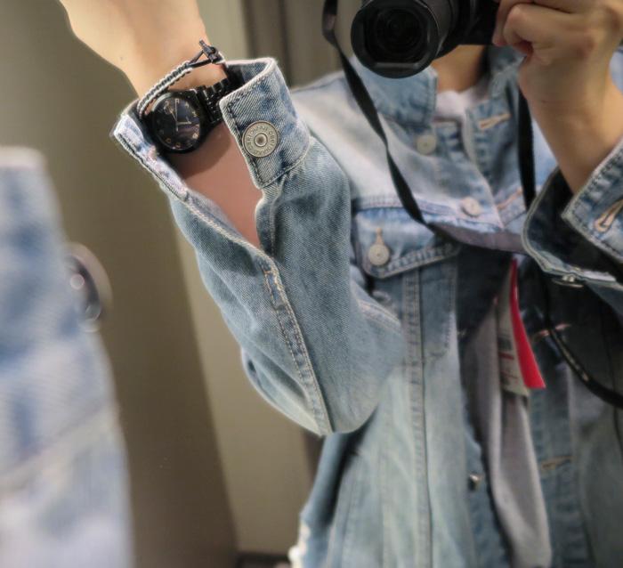 最讓小編滿意的是SPAO的細節設計 和整件衣服氣息非常相襯的銀色鈕釦