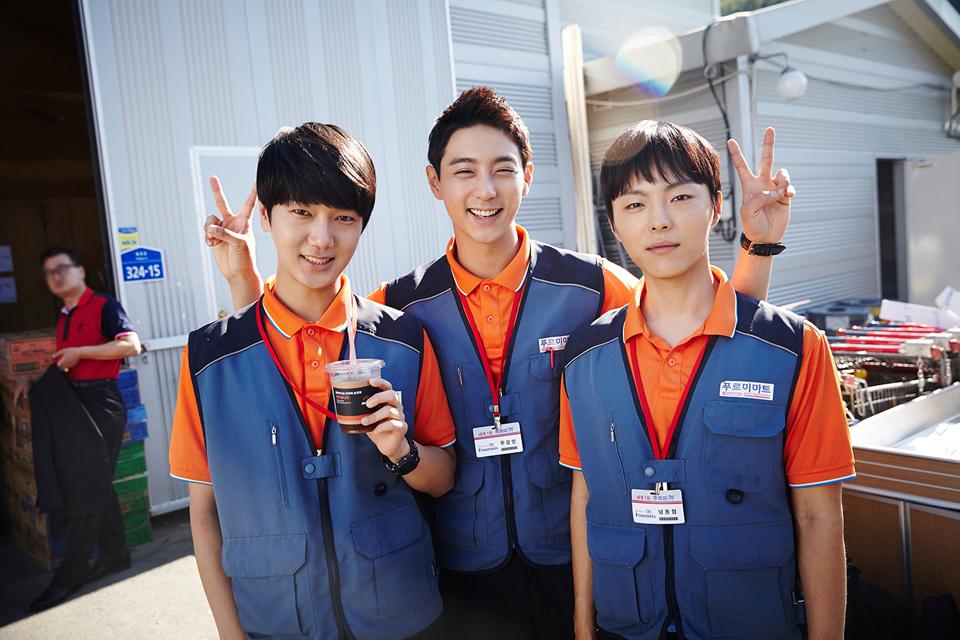 而主唱「藝聲」最近正在拍攝韓劇《錐子》。