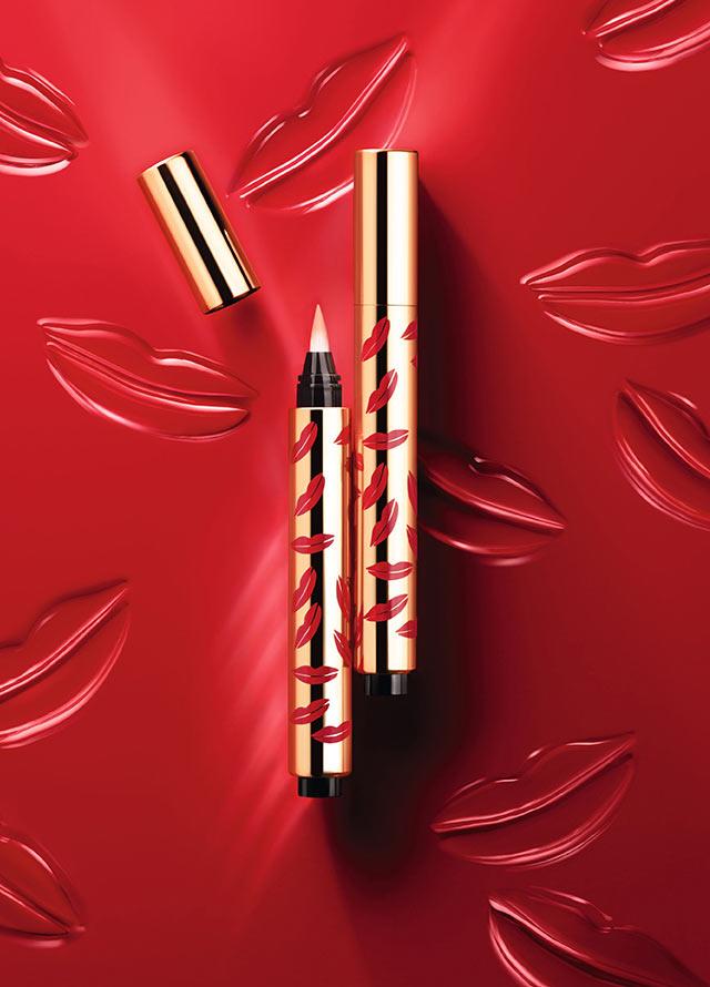 別名「萬能筆」的聖羅蘭Radiant touch明彩筆...非常好用,非常受歡迎♥~