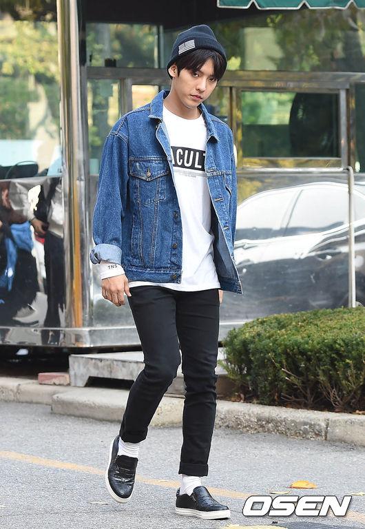 最近熱衷毛帽造型的還有正要去參加音樂節目錄影的BTOB旼赫!