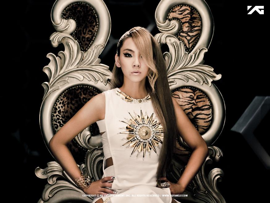 Scooter Braun表示很欣賞CL的獨特魅力,能唱能跳能rap的她,有別於美國歌手擁有非常東方美的臉孔!
