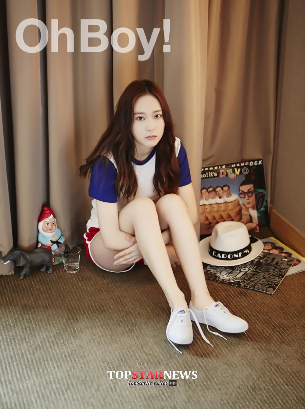Krystal回歸一般二十多歲女生的生活模式,將日常簡單的休閒鞋穿搭穿出自然風格