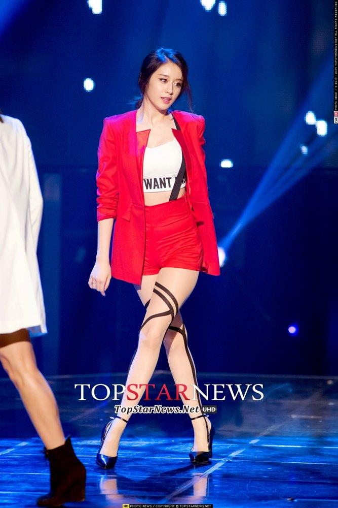 9.T-ara芝妍 芝妍也有一直在戲劇上展現自己的演技,有東健歐爸在身旁相信未來會有更大的發展呦~