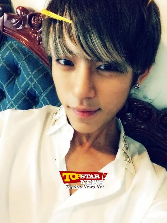 15.B.A.P大賢 大賢前陣子也被韓國網友們選為實力派且音域很廣的男偶像之一!
