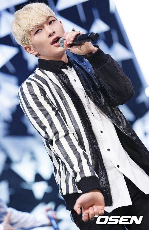 除此之外,先前演唱如「Miss korea」 和「致美麗的妳」原聲帶都取得好成績 都是讓媒體更肯定溫流號召力的原因