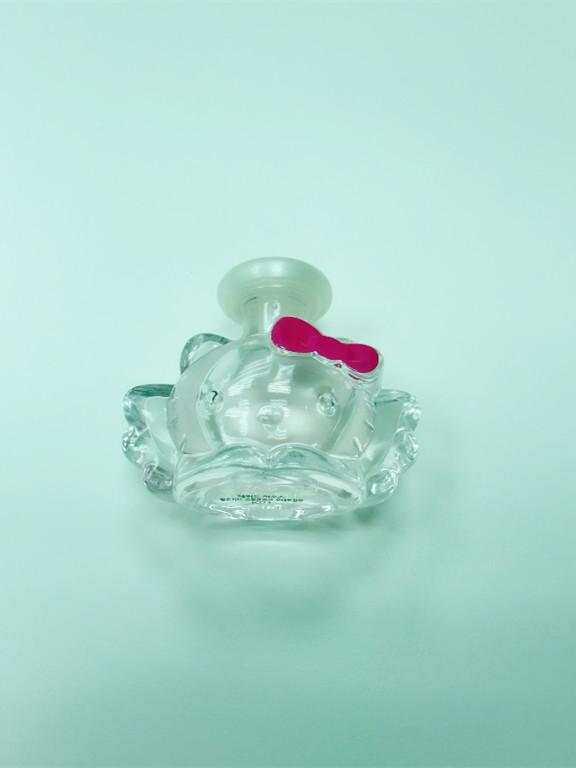 Etude House Hello Kitty香水 不會很濃很適合平時噴的香味