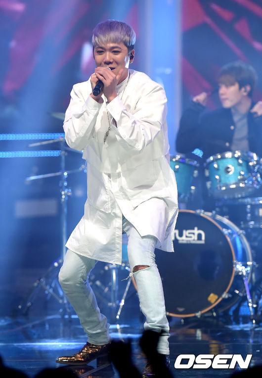 #4. SOLO歌手 猛虎出閘 第四個現象 更是讓韓國媒體大大稱奇 先前就有介紹過今年的SOLO歌手意外的多 原以為觀眾會疲乏 沒想到越到年底音源數據越高