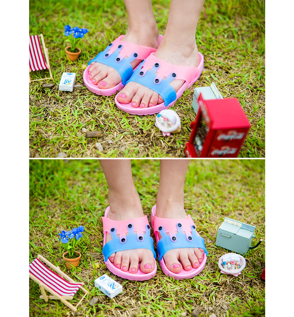 特殊款有蠻多風格的,像是這樣防水系列的少女鞋,讓本來以為只能在浴室、或是海邊穿的,也能平日穿囉!