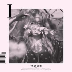 10 月發行首張 SOLO 專輯《I》。