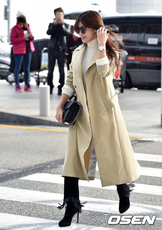 除了擔任金馬的頒獎嘉賓  和台灣演員張震共同頒發男配角獎外 這次她還有個重要的任務 就是擔任珠寶品牌的形象大使 不僅從韓國機場出發時的首飾就是該家品牌的