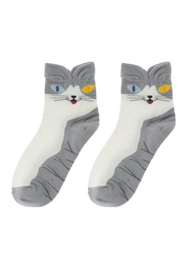 立體的貓咪,穿起來有點可愛,又有點戲謔感!(簡稱:招拳俏皮)