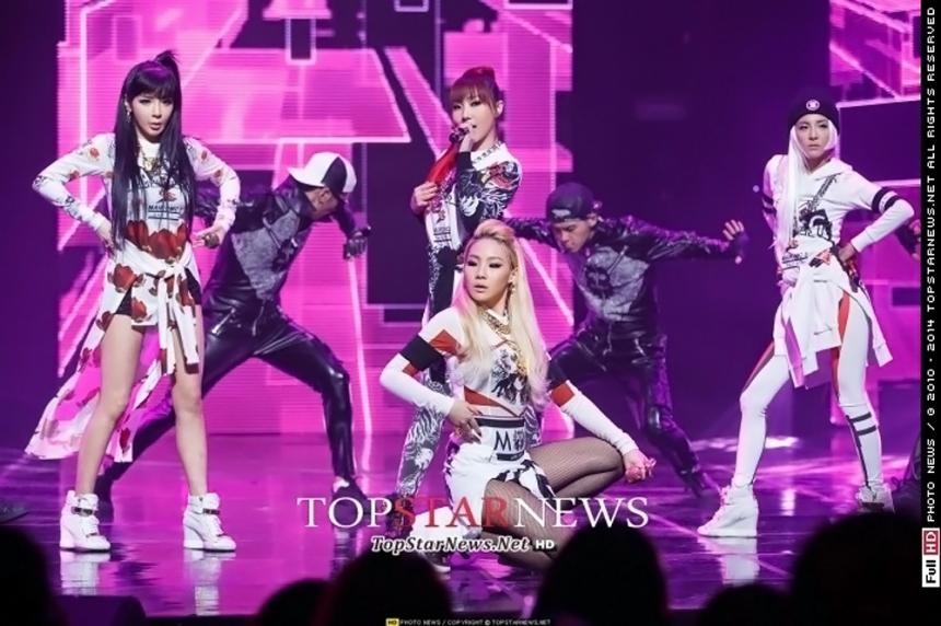 2NE1 平均3.5年 Minzy 5年+朴春 4年+CL 3年+Dara 2年