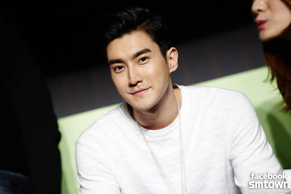 ♈牡羊座代表:Super Junior崔始源 當然,如果能展現出傲人SEXY的曲線的話牡羊座男生更是愛♥ (有誰不愛?)