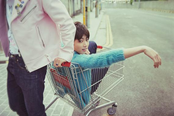 如果我有這麼可愛漂亮的小孩的話立馬放在手推車裡衝去逛街☆★