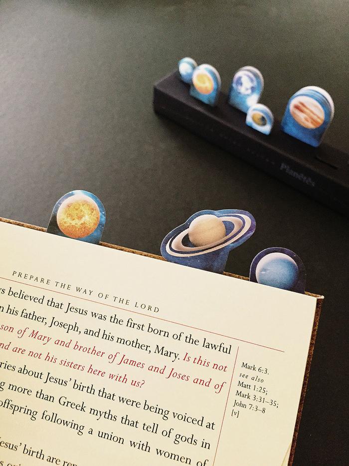 宇宙星球圖案也頗受男生喜歡喔!NT.162