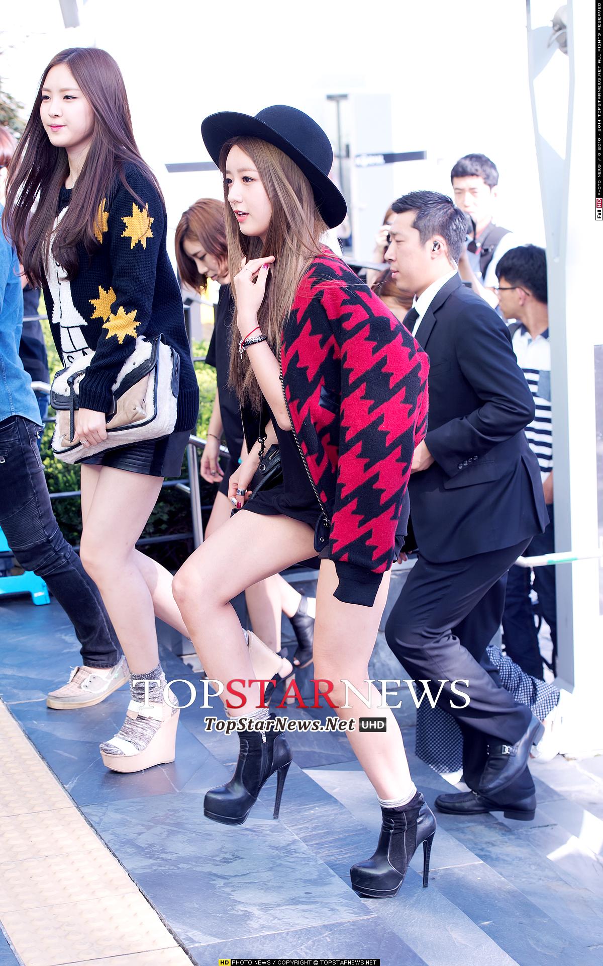 4.普美 很多韓國網友們說普美的正面和側面擁有不一樣的美感~非常獨特的美貌♥