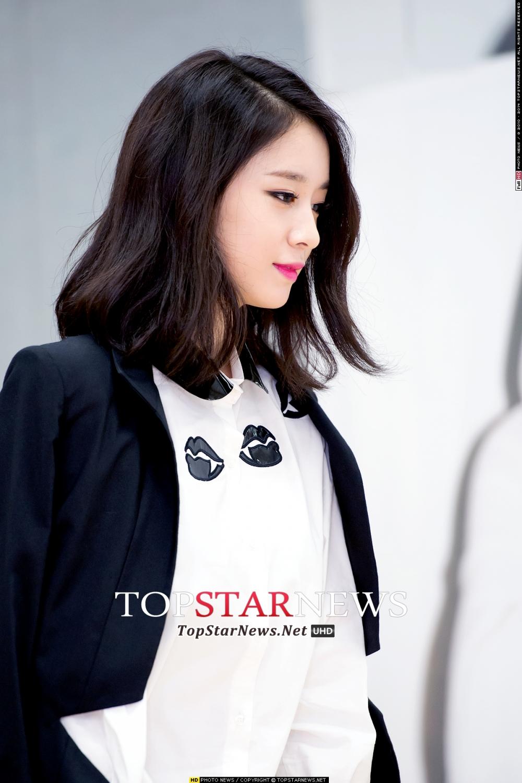 韓國網友們也說芝妍側臉也超美~果然擁有立體五官很重要!