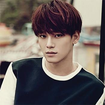 # EXO Chen : 沒想到Chen 竟然是由中文的「晨」發音而來 意思是「凌晨的星星」 果然是非常國際化的團體啊!
