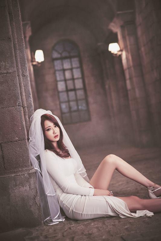 她的好身材讓韓國女網友們也都極度稱讚~~。:.゚ヽ(*´∀`)ノ゚.:。