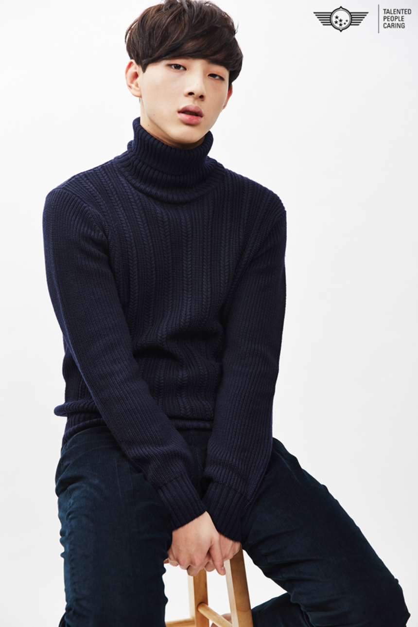 MBC 新人候選者2. Jisoo 入選作品《憤怒的媽媽》 最近跟Apink恩地正在合演《無理的前進》的Jisoo,本名金志洙,因為在《憤怒的媽媽》裡面飾演面惡心善的小混混而知名