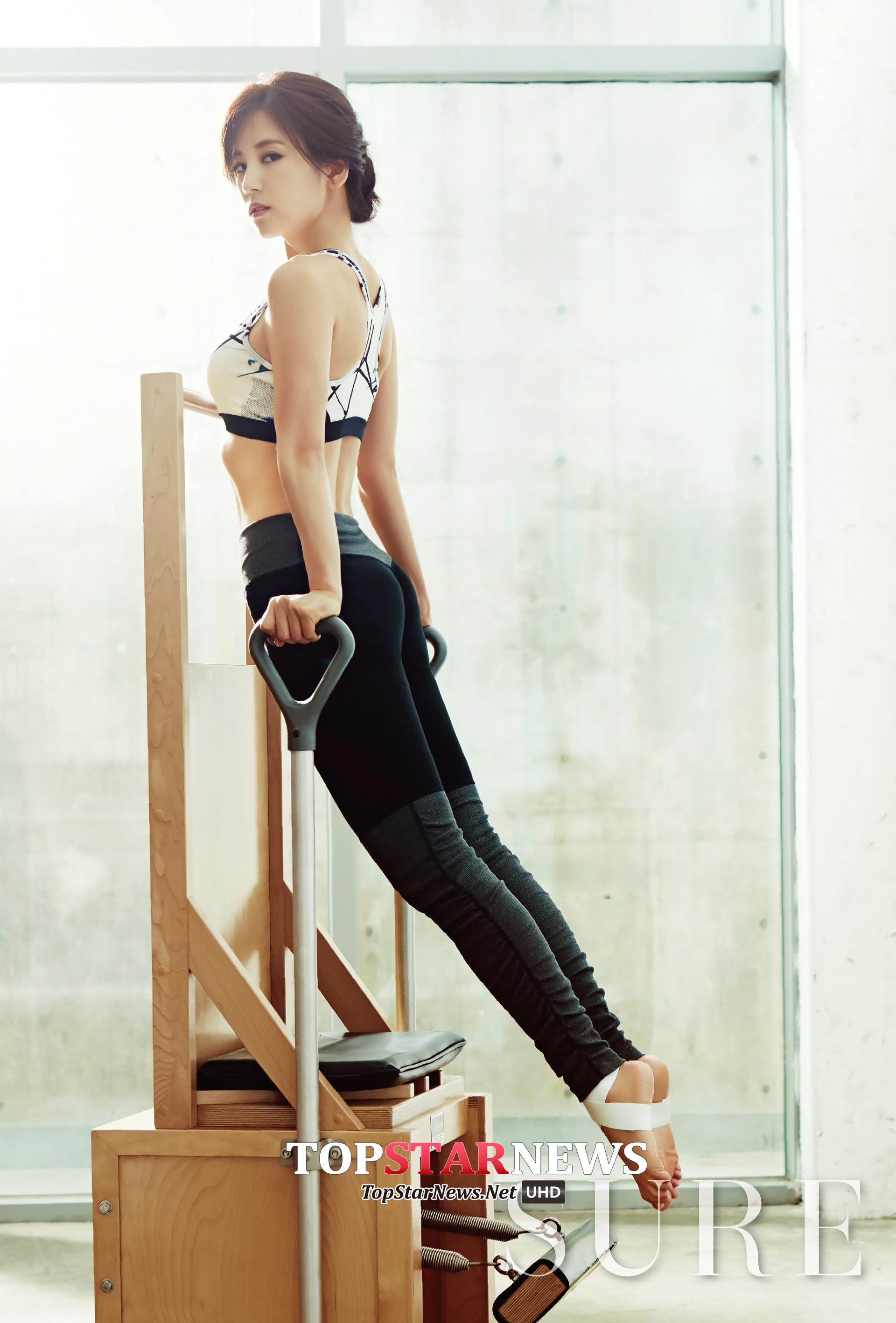 雖然小時候就練過合氣道,不過現在的初瓏花較多時間在練習彼拉提斯。彼拉提斯雖然不算劇烈運動,但卻有緊實腹肌、強化心肺功能的效果!