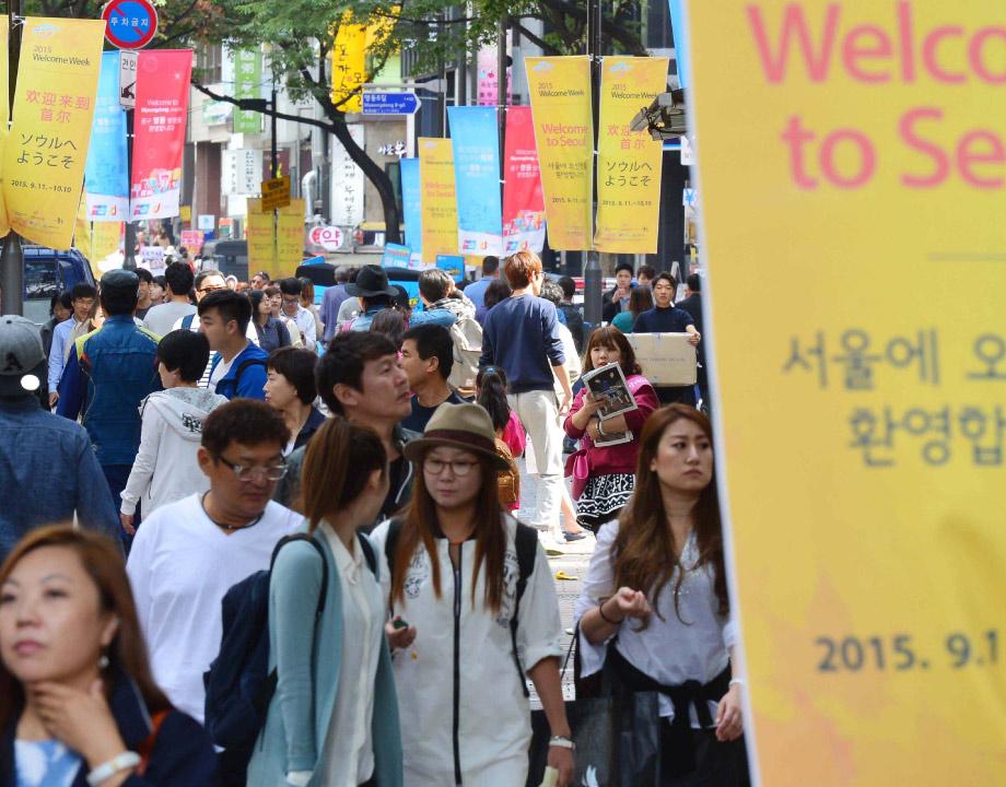 #第三 明洞 很多人說在這裡根本都聽不到有人在講韓文,都在講中文的逛街天地明洞被排第三.